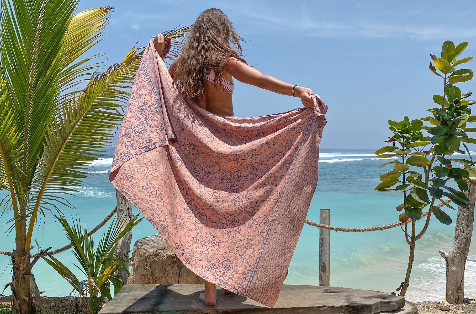Balyy batik pareo